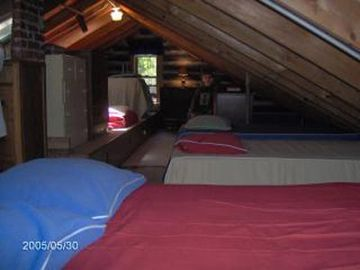 Attic Loft with 3 Double Beds and 4 Twins