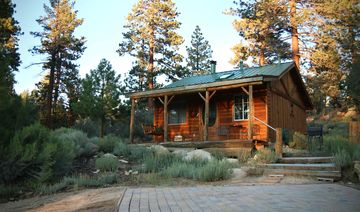 Big Bear City cottage rental - Mountain Sunset Cottage offers secluded luxury!
