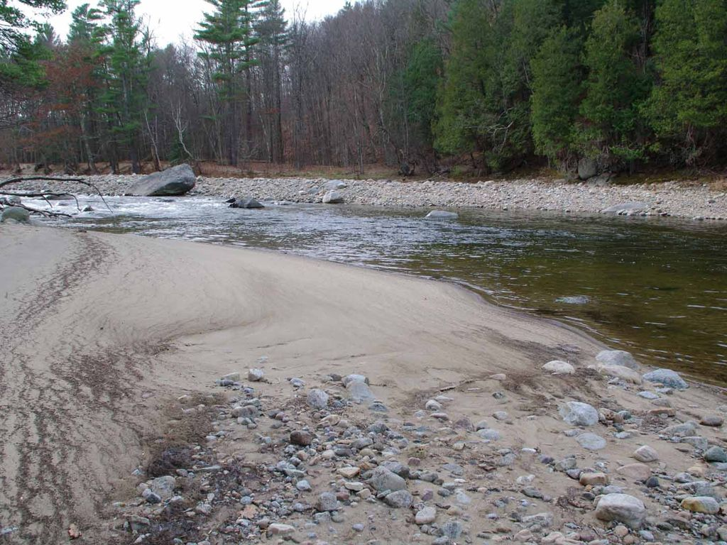 Fly fishing paradise waterfront wprivate vrbo for Ausable river fishing report