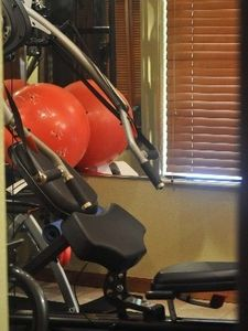 Kendall house rental - gym area for full workouts