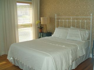 Water Mill house photo - Guest room (Queen size bed)