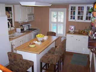 Roan Mountain house photo - Fully equipped kitchen