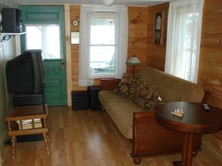 Lake Salem cottage photo - TV and Futon