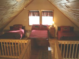 Bretton Woods cabin photo - Loft 2