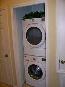 BRAND NEW High Effeciency washer and dryer