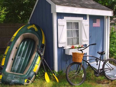 Cute, little shed stores inflatable boat, 2 beach cruizer bikes and beach gear!