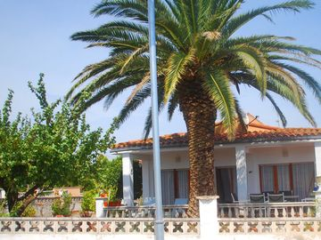 Figueres area bungalow rental - Traditional Spanish villa