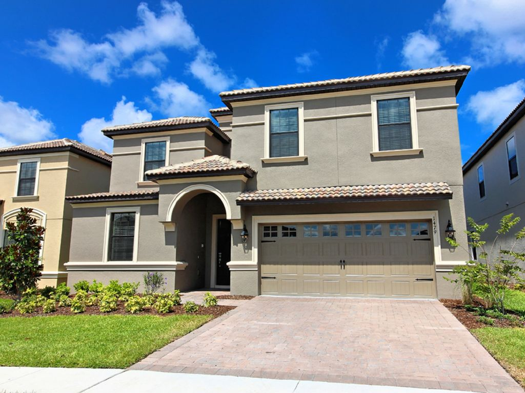 Stunning 8 Bed In Championsgate Near Vrbo