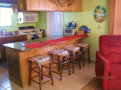 Fully equipped Kitchen with bar seating for 4