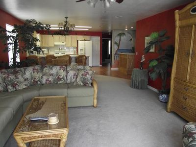 Living Room, Dinning Area and Kithcen. Has great view of Destin Harbor and Pool