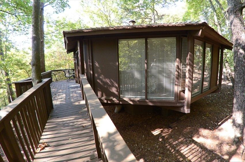 Tree House Big Canoe Cabin Convenient To Vrbo