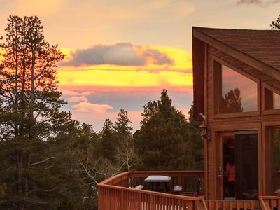 Fabulous Home Backs To Pike National Forest!