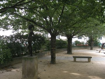 The park at 50 meters