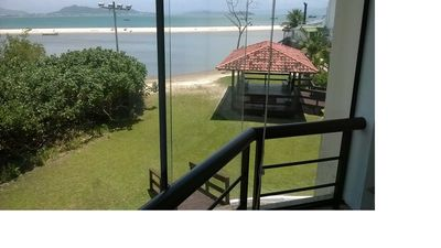 Apartment Ocean Front View with Total