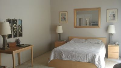 Brigantine townhome rental - Master bedroom, queen size, ceiling fan, clock/radio, deck with seating