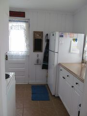 Kitchen view - Wellfleet cottage vacation rental photo