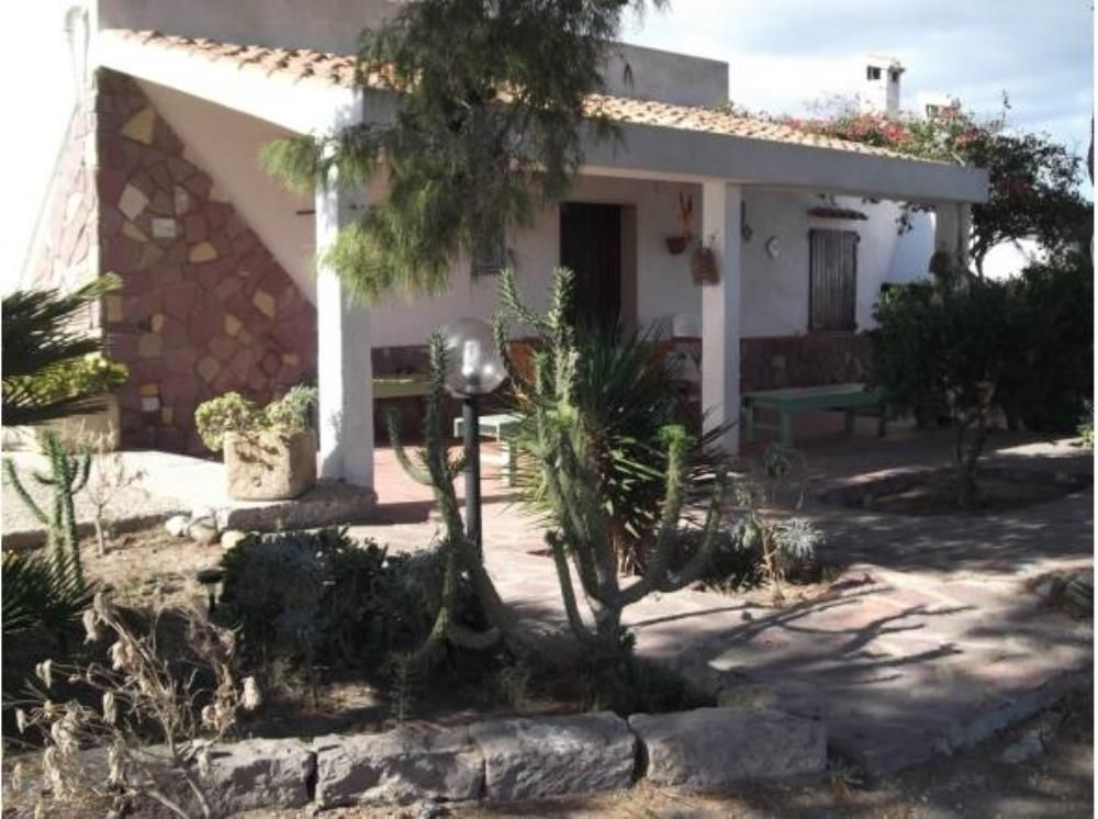 House 90 square meters, close to the sea