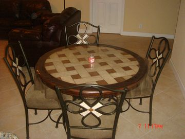 Elegant dining set, rarely used