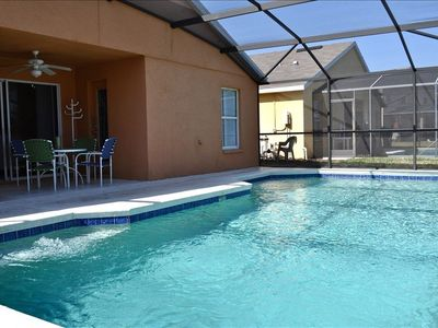 Large Swimming Pool, Solar cover, child safety fence and pool heat available.