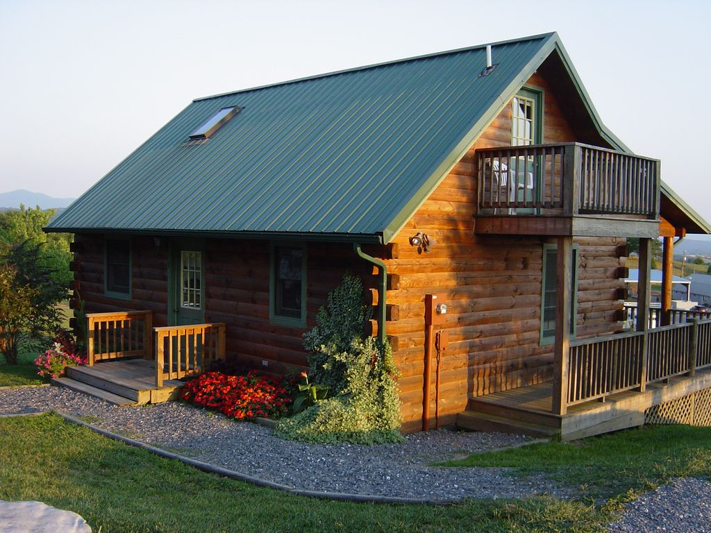 Cozy log cabin 2 m from virginia horse vrbo for Cabin cabin vicino a lexington va