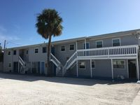 Madeira Beach -2 Bedrooms/ 2 Baths 100 yards from Ocean, Great Location!!