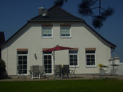 Stylish country house on the village pond of Kopendorf / Fehmarn