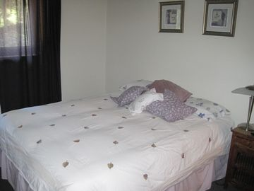 Bedroom 3 with Queen bed.