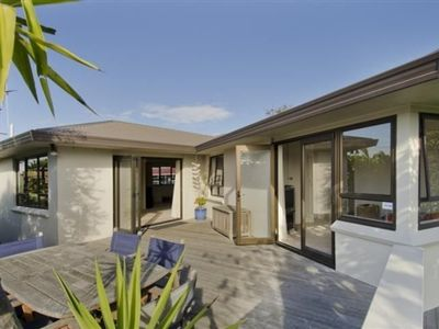 Central Mount Maunganui Beach House