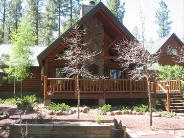 Pinetop cabin rental - Beautiful Fully Appointed Log Cabin Nestled in the Ponderosa Pines