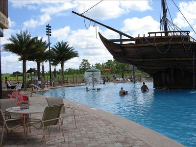 Shared Pool available w  Pirate Ship