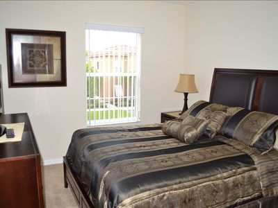 2nd bedroom with new queen sized Serta pillow top mattress