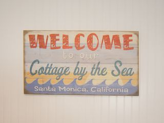 Santa Monica COTTAGE Rental Picture
