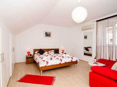 Holiday apartment 350407