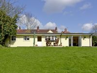 RITH CHALET, country holiday cottage in Shottery , Ref 2410