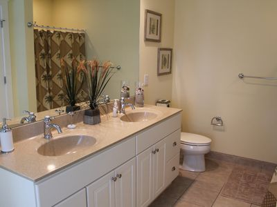 Bethany Beach house rental - king master bath