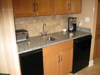 Orange Beach condo photo - Wet bar with icemaker and refrigerator