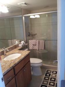 Admiralty House condo rental - Master Bathroom