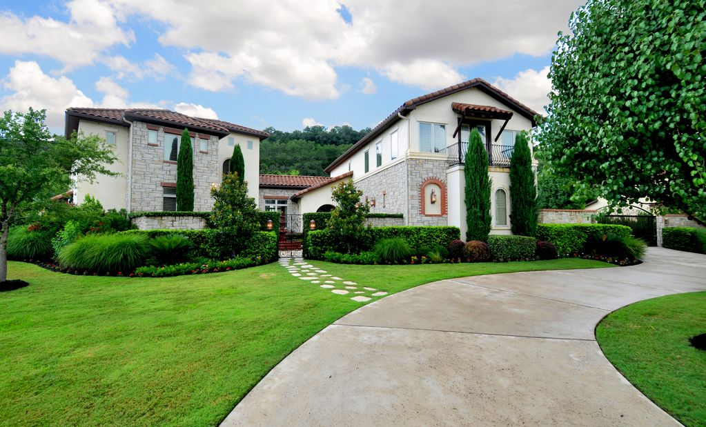 Beautiful Estate Located across from Lake Austin