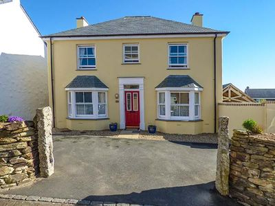BEZANT COTTAGE, family friendly, with a garden in Newquay, Ref 923178