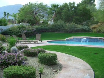 Rancho Mirage estate rental - Spacious and lush backyard, quiet and private from neighbors, perfect getaway!