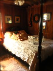 Harpers Ferry cabin photo - master bedroom