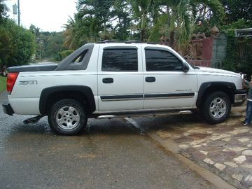 Chevrolet Avalanche for only GBP 300 p.w.