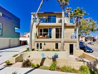 Stunning Ocean Views- Steps To Beach With Roof Top Deck!