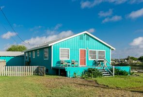 Front of House - Walk out the front door to a perfect boardwalk and platform for fishing or sunsets!