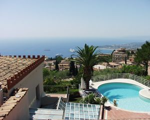 Taormina villa photo