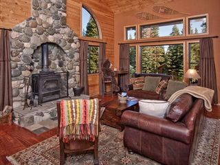 Tahoe Donner cabin photo - Living room with wood fireplace. Great place to curl up on a cold night.