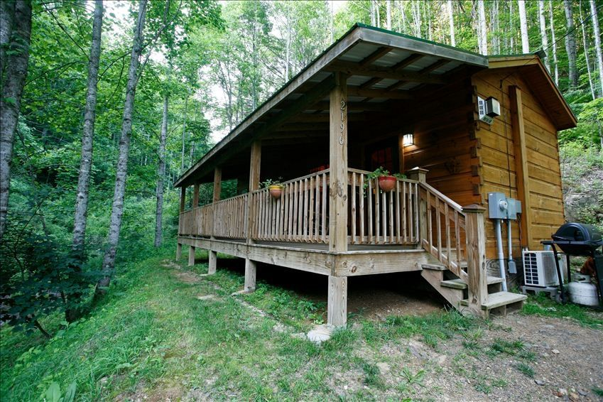 Romantic hot springs nc honeymoon getaway vrbo for Honeymoon cabins in arkansas