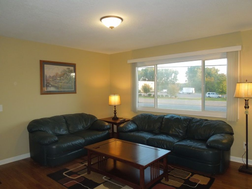 mla2stay Fully furnished and supplied 2 BR apt #4