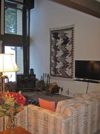 Alpine Meadows condo rental - High ceilings throughout the unit accentuate the mountain experience.