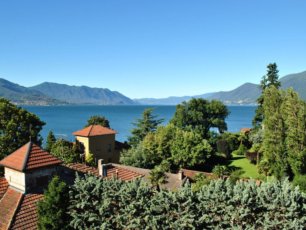 Accommodation near the beach, 80 square meters, , Maccagno, Lombardy